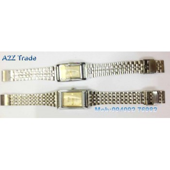 Diya Ivory Dial Stainless Steel Straps Watch For Trendy Look On 50 % Discount,